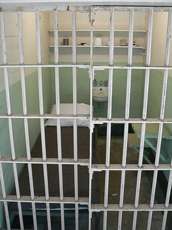 prison-cell-2