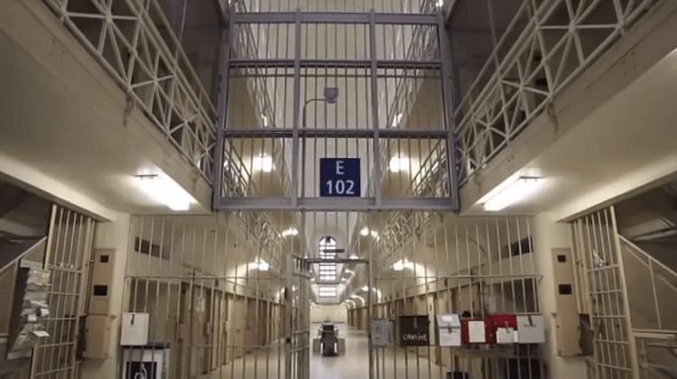 Site de rencontre femme en prison